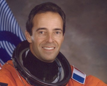 ovni-astronaute-revelation-Clervoy-NEXUS